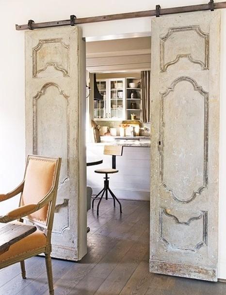 Сменили межкомнатные двери в квартире? Не выбрасывайте старые, вот что из них можно сделать. Вау! двери, полезные советы, своими руками, сделай сам, фото