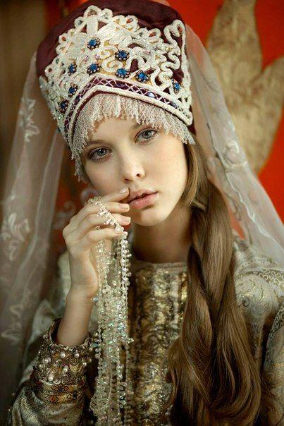 Красивые  девушки-славяночки