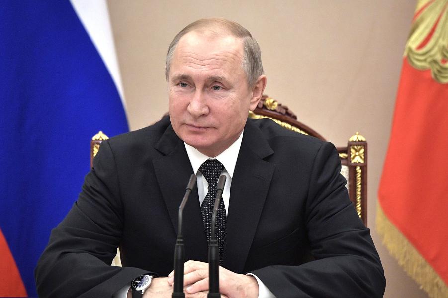 Левада-центр насчитал кризис общественного доверия. Но президент Путин пока держится