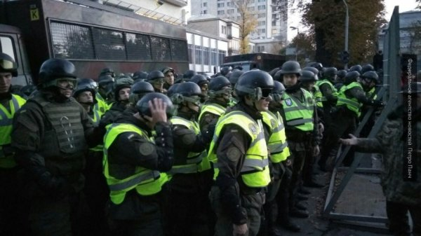 Украинский майдан вышел на новый уровень: эксперты рассказали о перспективах протестов в Киеве