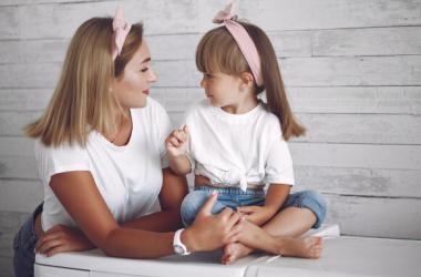 Как разговорить ребенка: 63 забавных вопроса
