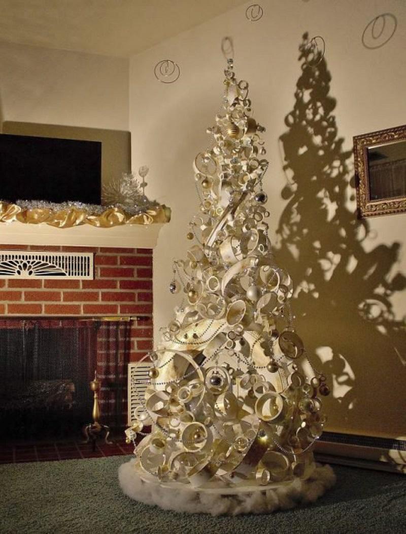 23 бесподобных примера, как сделать шикарную новогоднюю елку из ничего