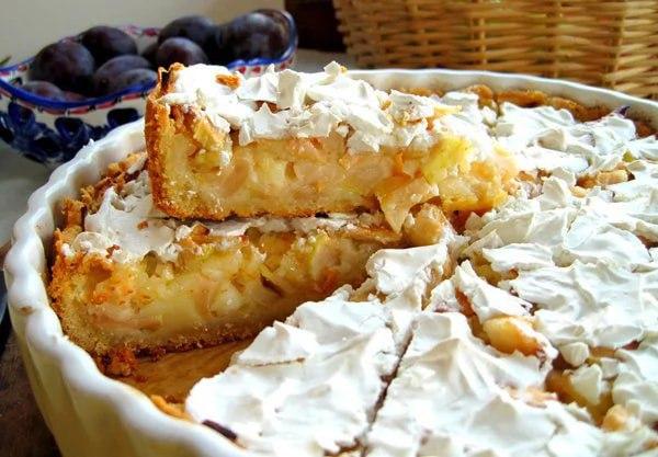 А вы пробовали цветаевский яблочный пирог? Вкуснятина неимоверная.