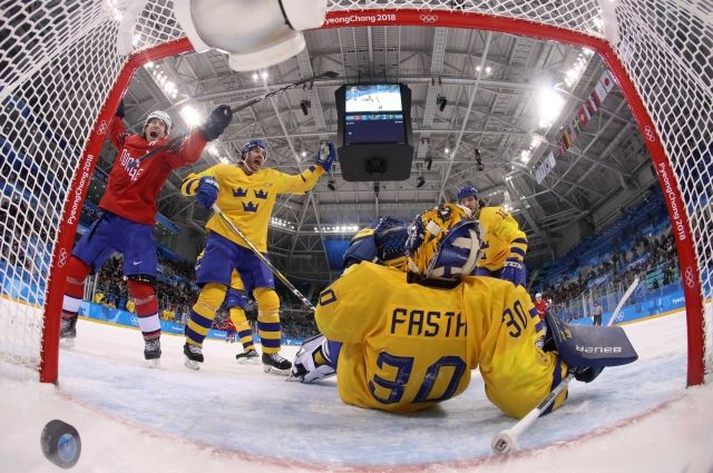 Шведские хоккеисты обыграли норвежцев на старте ОИ