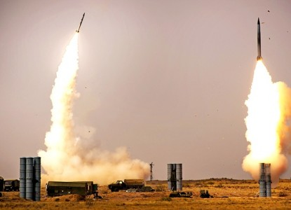 Зенитная управляемая ракета большой дальности 40Н6 на пути в войска