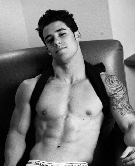 pictures of hot gay guys  382928