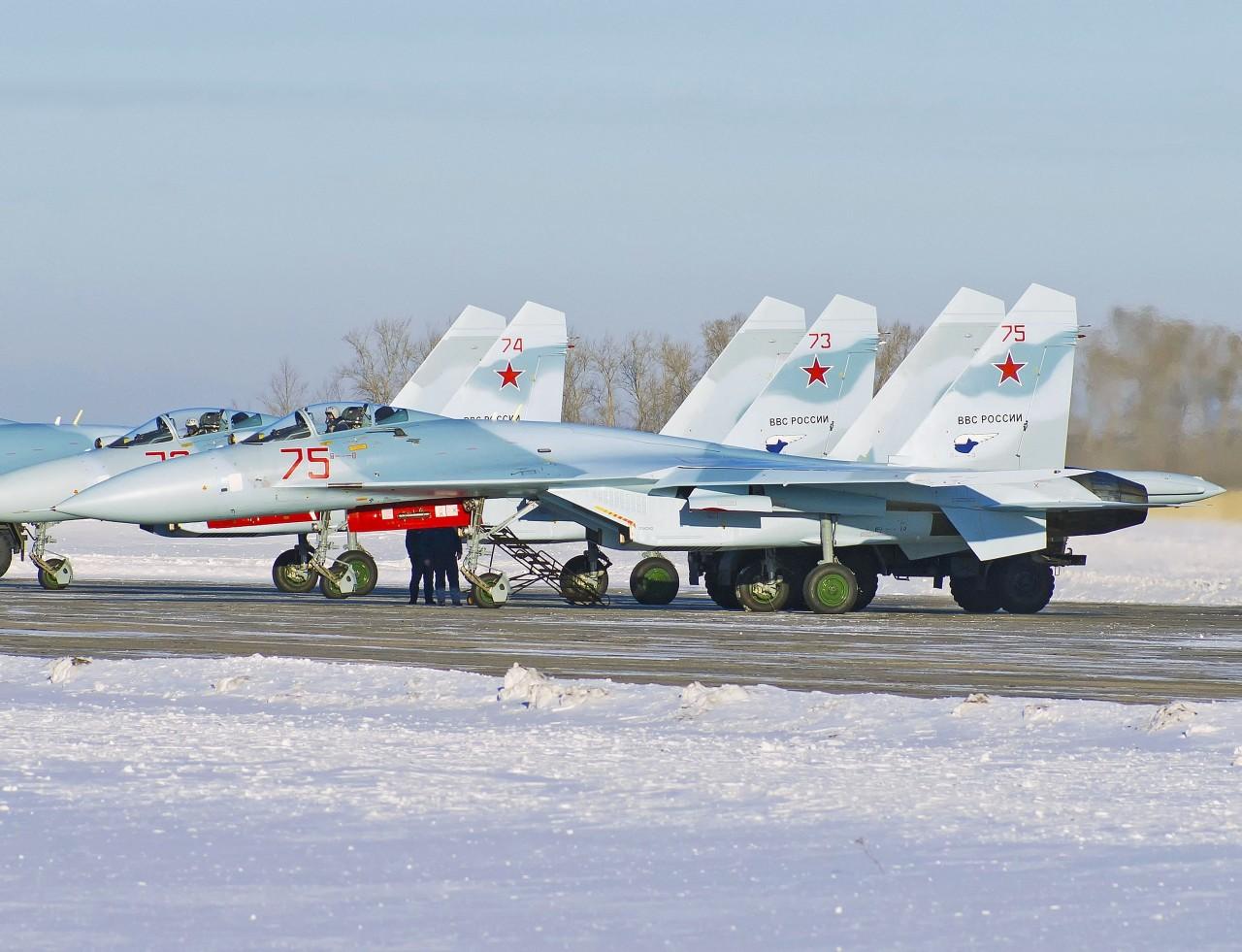 Еще три модернизированных истребителя Су-27СМ(3)
