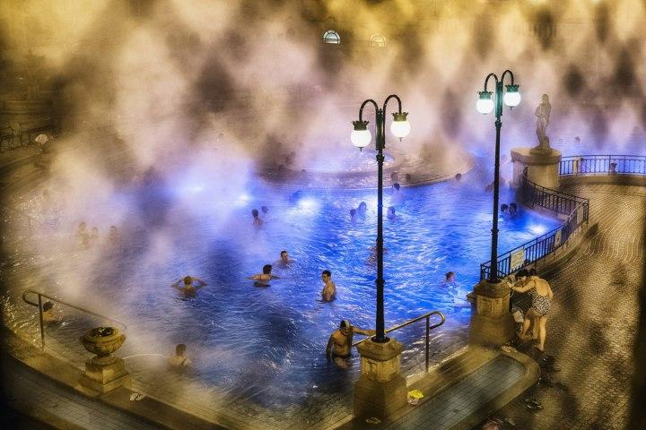Принимая ванны в Будапеште, Тристон Ео national geographic
