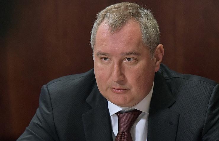 """""""Редкие идиоты"""": Рогозин резко ответил на критику украинского блогера в адрес танка """"Армата"""""""