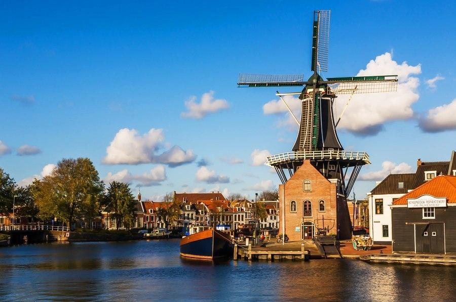 10 красивых городов Голландии на каналах
