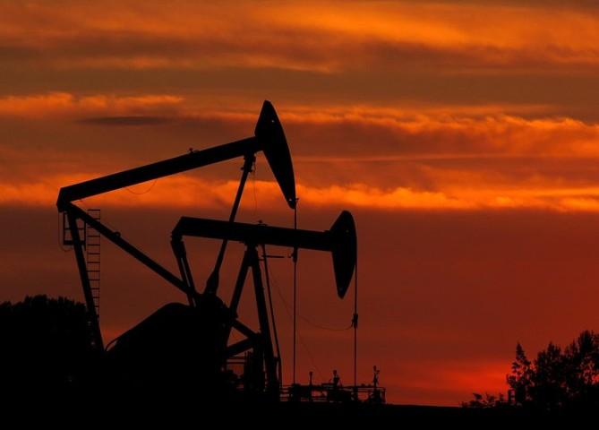 Саудовская Аравия обсудила с Ливией ее участие в балансировке рынка нефти