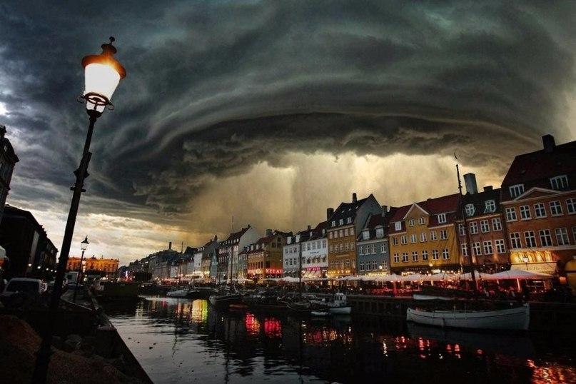 Местами дождь. Дания
