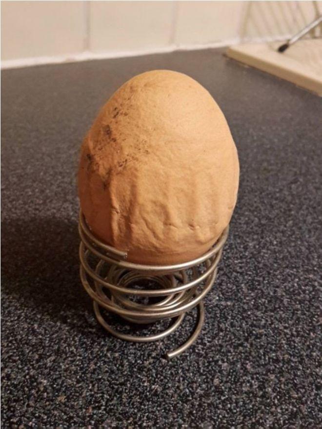 Мятое яйцо