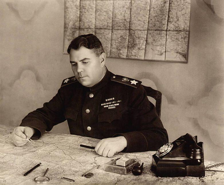 Советские военачальники: Александр Василевский