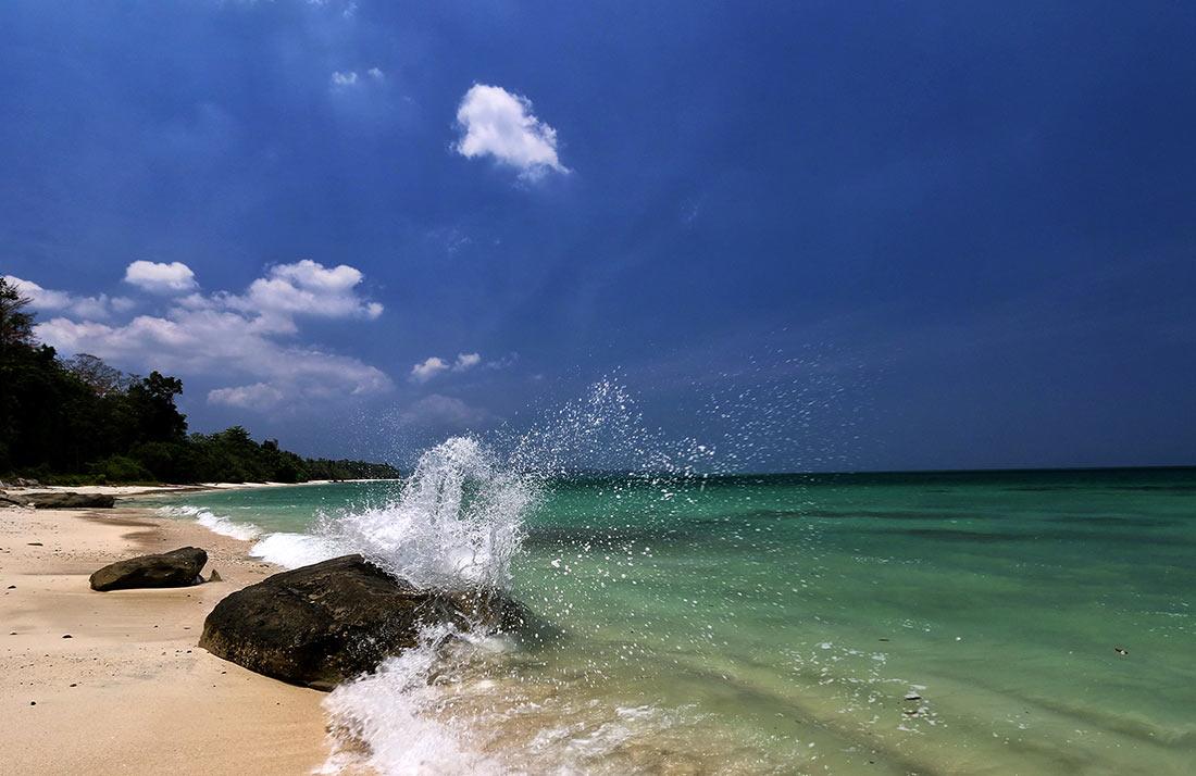 Северный Сентинельский остров: самый опасный райский уголок в мире