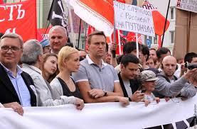Писатель и политик Эдуард Лимонов — о том, почему политический протест сегодня в России не имеет шанса на успех