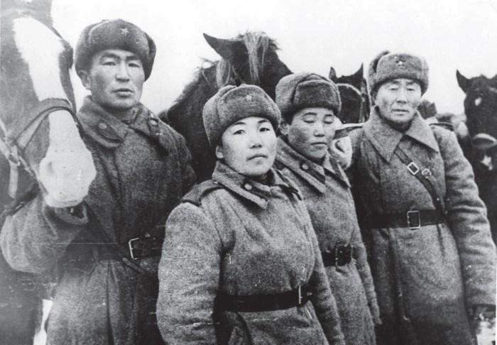 Тува - союзник СССР.  Они не брали немцев в плен...
