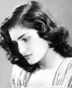 фото Далиды в юности