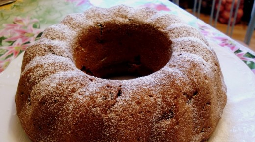 Греческий кекс с яблоком, орехами и апельсиновым соком