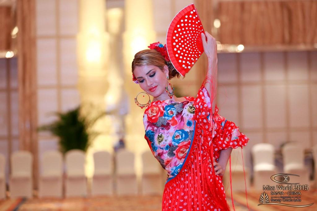 Мирейя Лалагуна Ройо - Мисс Мира 2015