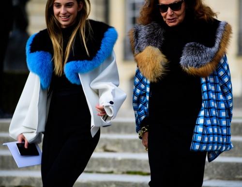 уличная мода парижа мини пальто с большим меховым воротником из колор блоков