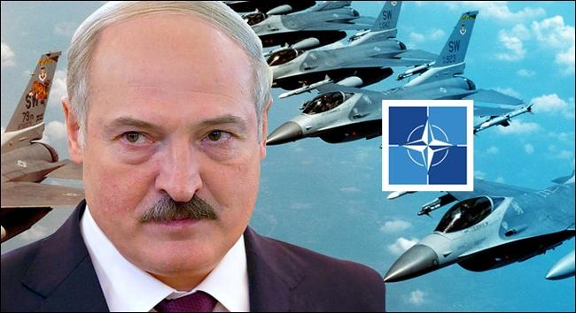 Беларусь между молотом и наковальней