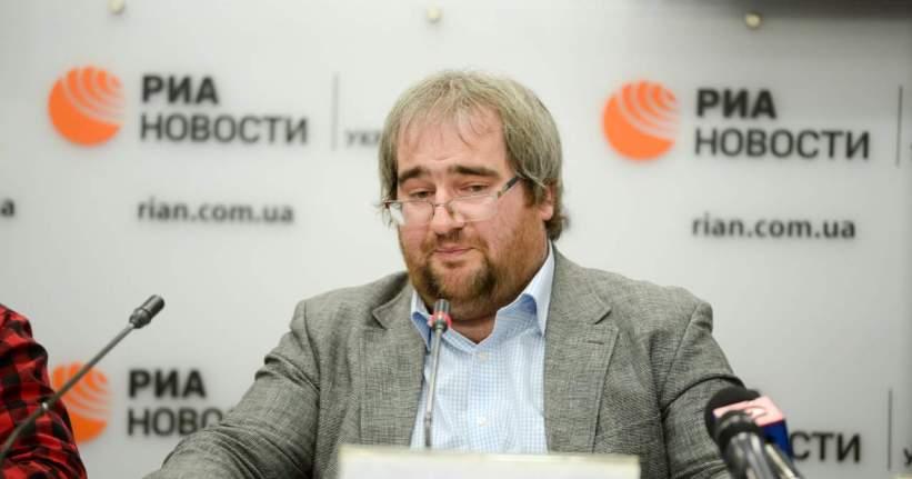План «спасения» Порошенко: Корнейчук назвал три причины звонка Путину
