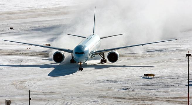 Приключения корейцев в Югре: в Ханты-Мансийске экстренно сел самолет из Сеула