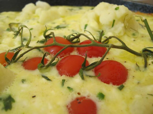 Блюда из цветной капусты - омлет с черри
