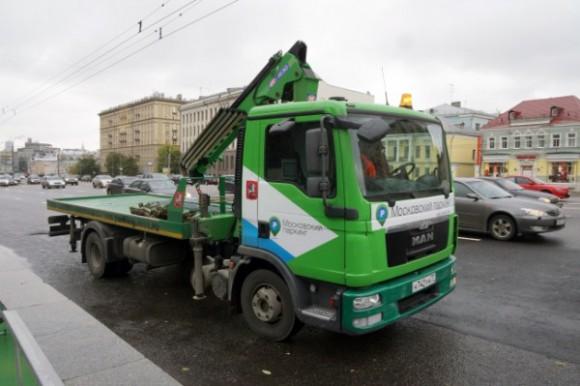Московские эвакуаторы оснастят видеокамерами