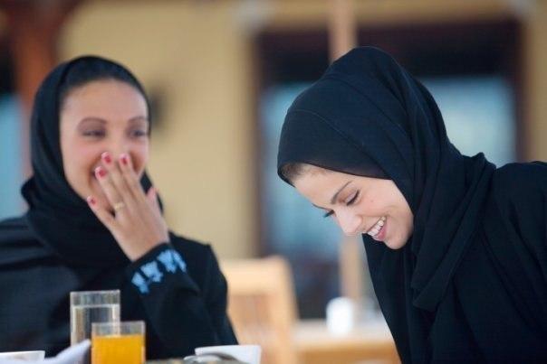 «Странные у вас женщины, - сказала одна мусульманка