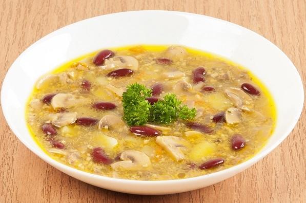 Суп с фасолью и орехами Фото: А. Соколов/BurdaMedia