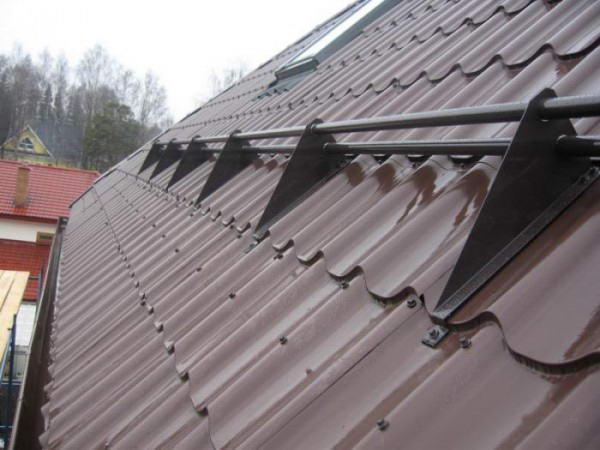 Cнегозадержатели на крышу