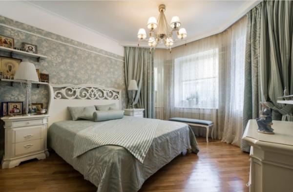 сочетание цветов в интерьере спальни бледно-оливковый белый цвет дерева
