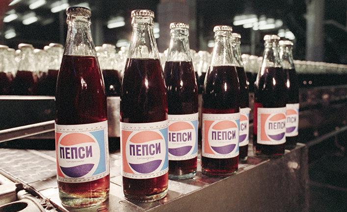Как Pepsi продавала в СССР газировку в обмен на алкоголь и оружие (ABC.es, Испания)