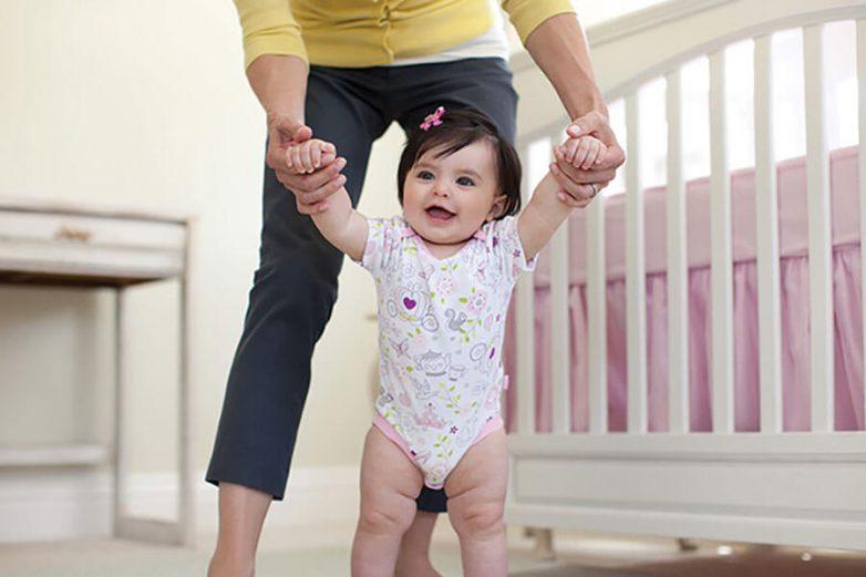 Как научить ребенка ходить самостоятельно?