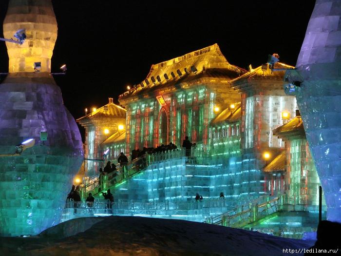 дворцы изо льда6 (700x525, 326Kb)