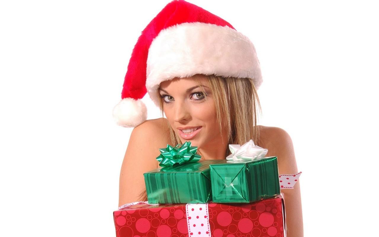 Три блондинки и подарок 26