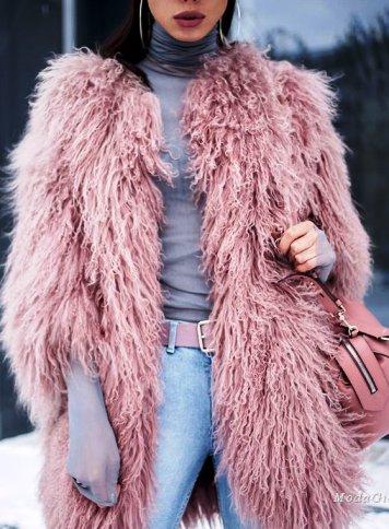 Зимняя уличная мода 2017 — модные образы российских блогеров