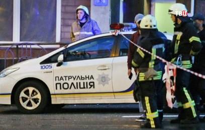 В центре Киева протестующие прорвались к памятнику Шевченко