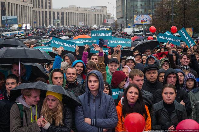 Онижедети Навального: 14-летние подростки рвутся в бой