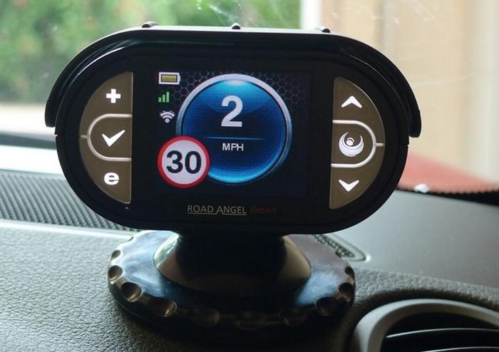 10 автомобильных гаджетов, которые существенно облегчат жизнь каждому водителю