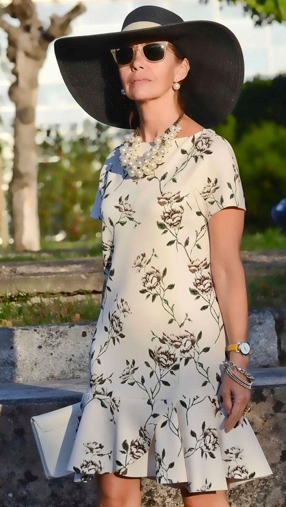И снова, как в 20! Модели и фасоны платьев, которые стоит выбирать женщинам 60-ти лет