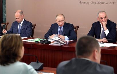 Путин: русский язык должен знать каждый