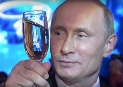 """""""Тайм"""": """"Деньги - это власть. А у Путина очень много власти. Так сколько же у него денег?!"""""""