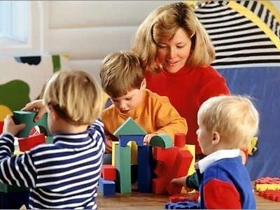 А так ли уж нужно отдавать ребёнка в детский сад?