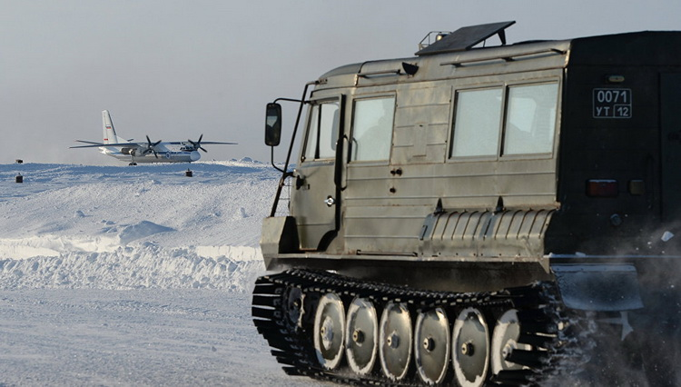 Министерство обороны приступило к тестированию новой военной техники в Арктике.