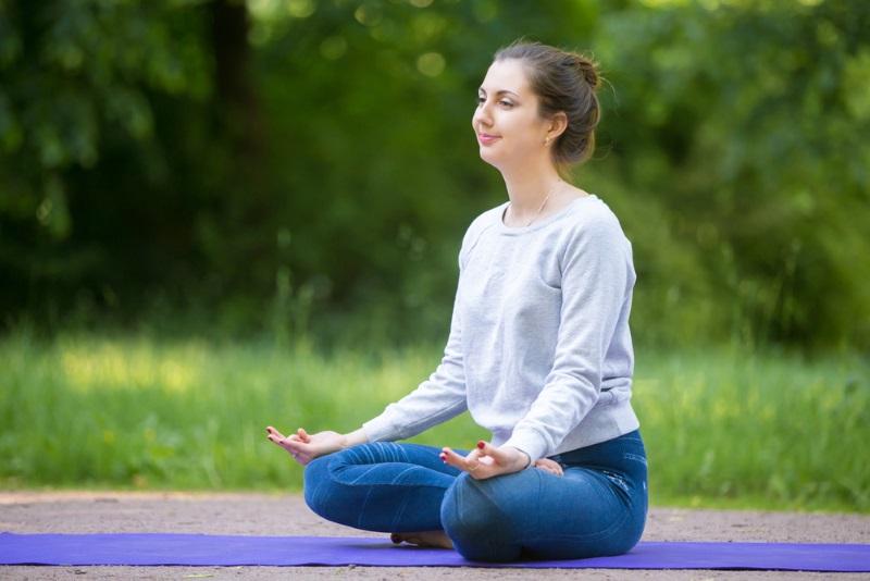 поза лотоса йога