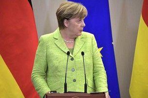 Меркель пообещала Владимиру …