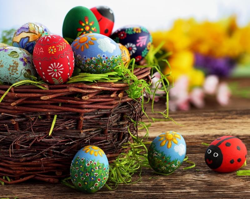 почему на Пасху красят яйца